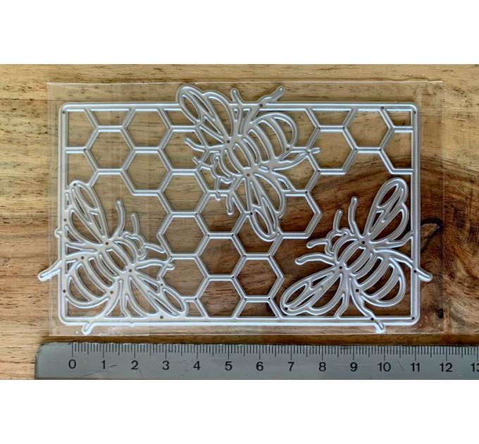 Hexagon and Bee Metal die cuts
