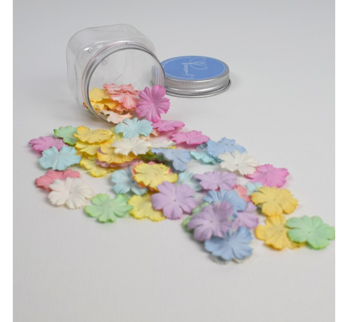 Small Flat Flowers Mix Colors