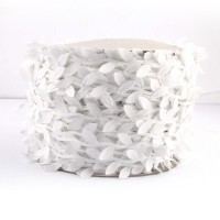 Leaf Shaped Ribbon - white