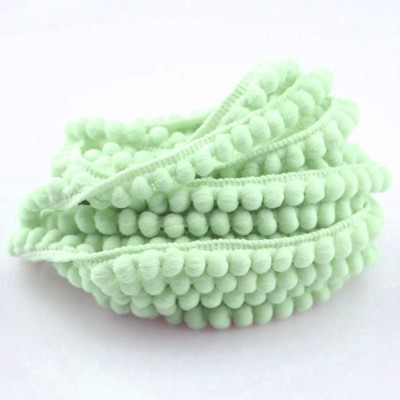 Pom Pom Lace - light green