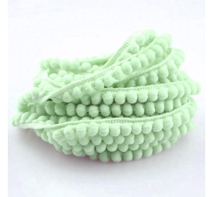 Pom Pom Lace - light green