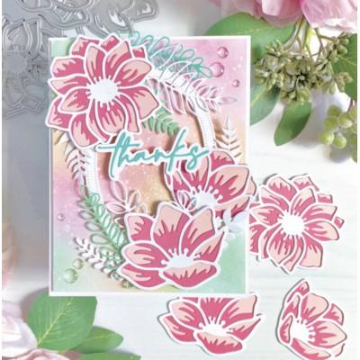 Lilies Layering Die Set